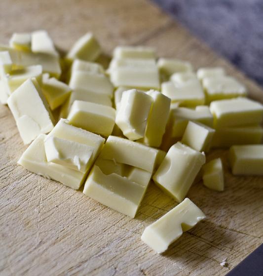 Chopped white chocolate chunks